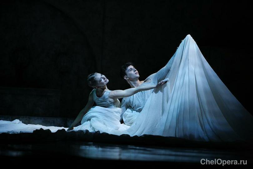 Фотки из оперы ромео и джульета