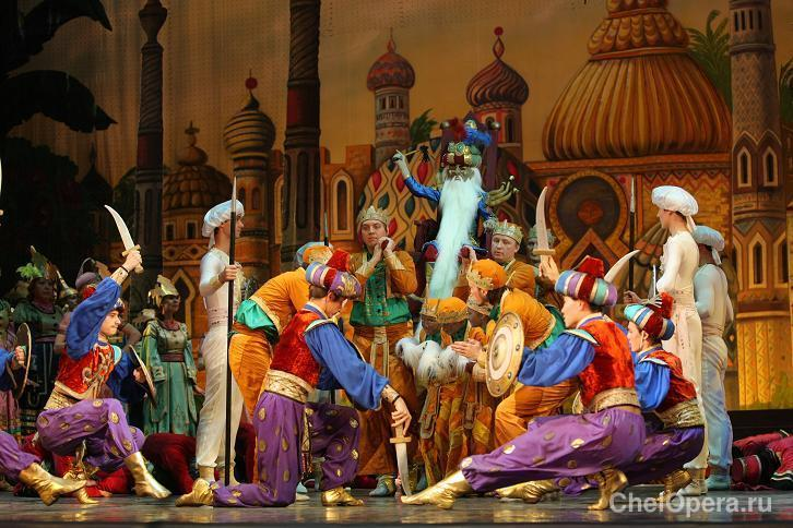 opera-ruslan-i-lyudmila-golie