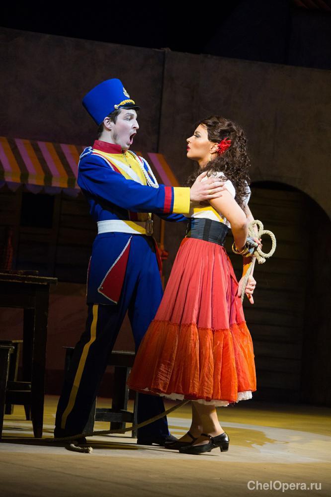 опера кармен краткий отзыв о сюжете